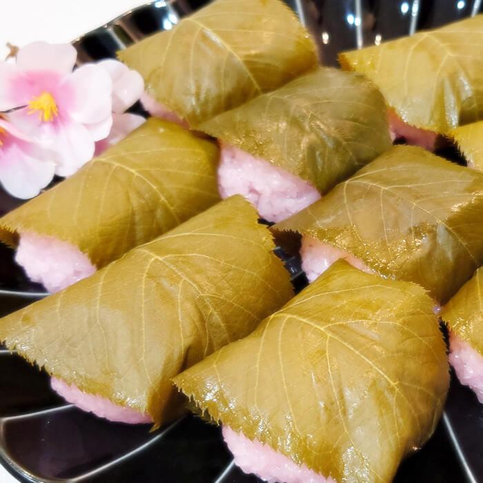 「和菓子を作る」の様子
